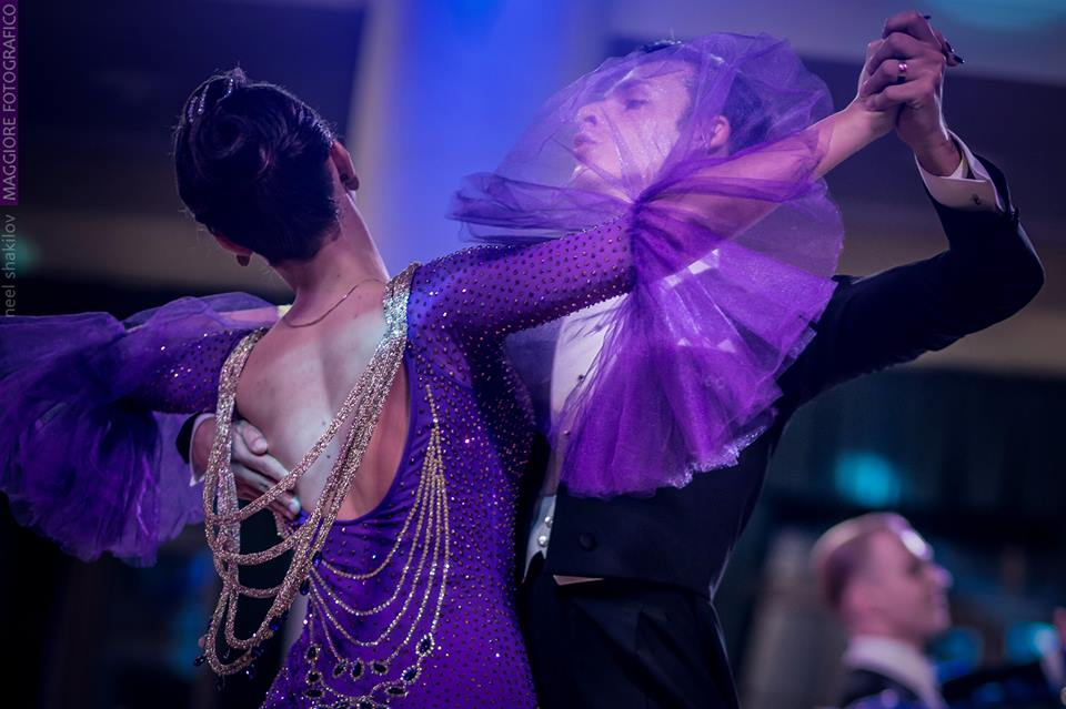 How to reduce sweating when dancing blog article by Marcin Raczynski